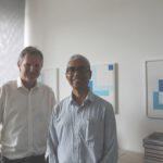 Bild von Prof. Roop (r) mit Prof. Teich